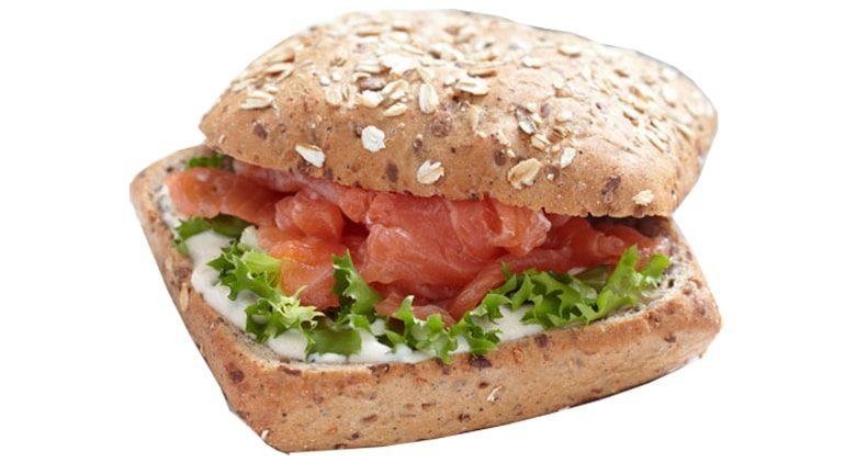 panino salmone insalata